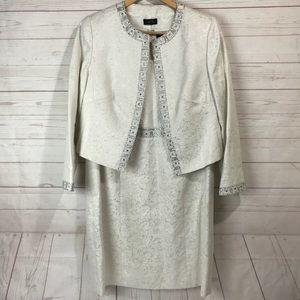 TAHARI Arthur S. Levine | Dress suit , Occasion 16